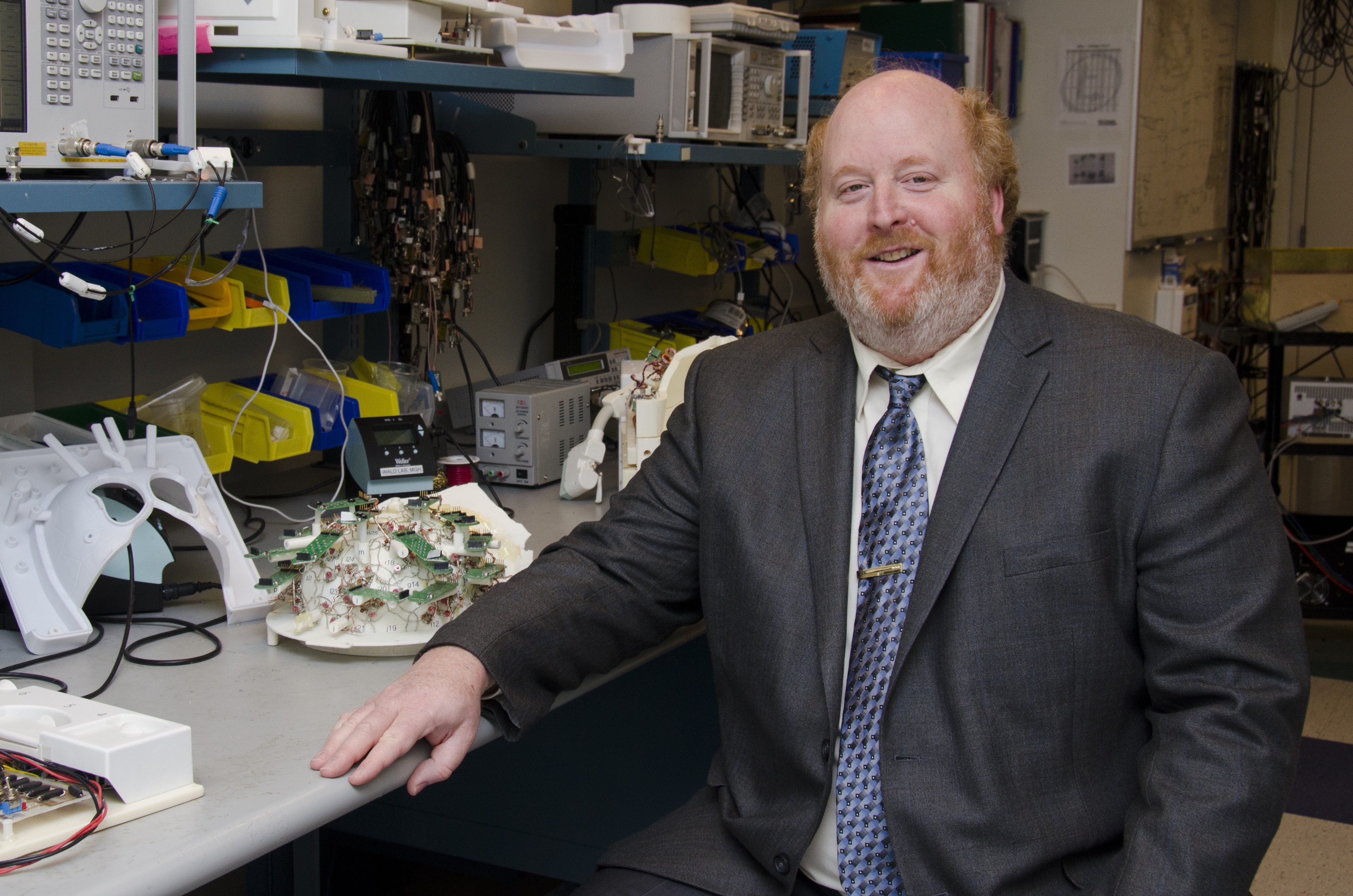 Larry Wald to Receive Distinguished Investigator Award